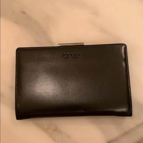 Coach Handbags - Coach wallet change purse